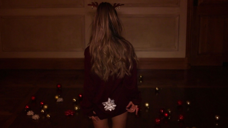 santa tell me main w outtakes revision 2 ariana grande dtv公式